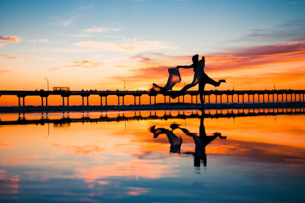 negative-space-woman-dancing-sunset-sea-saeid-anvar-thumb-1.jpg