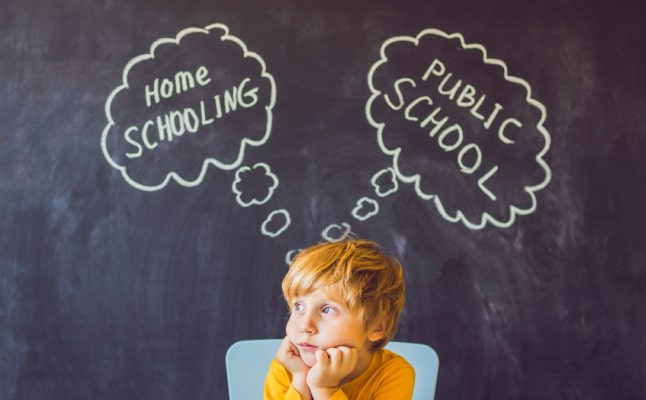 young boy with though bubbles thinking about Homeschooling vs Public School
