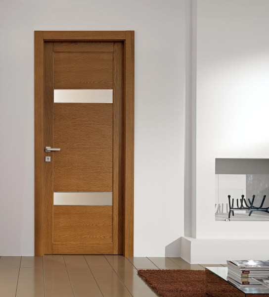 Interior Door Designs for Homes   HomesFeed Interior door home made from wooden with small blurred parts