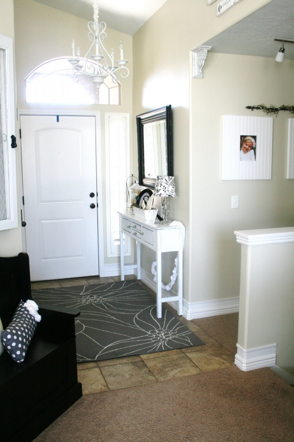 Grab Welcoming And Sophisticated Ambiances In Your Entry Way With Impressive Entry Way Rugs