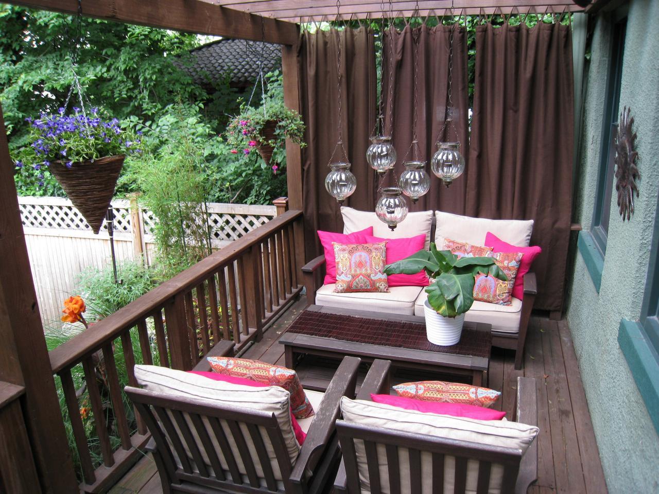 Pink Outdoor Pillows Design Selections Homesfeed