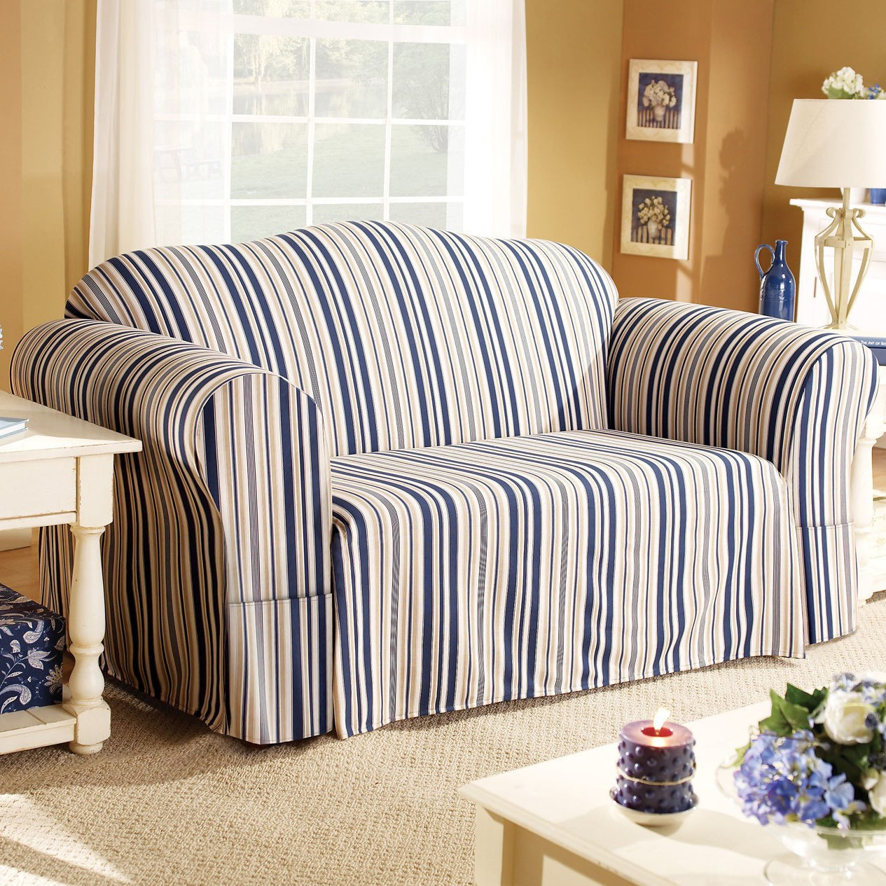 Black And White Striped Couch HomesFeed