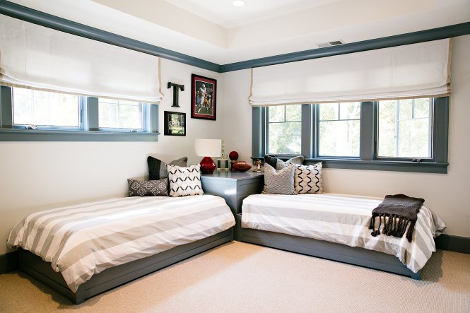 Twin Bed Idea Without Headboard For Boys Beds