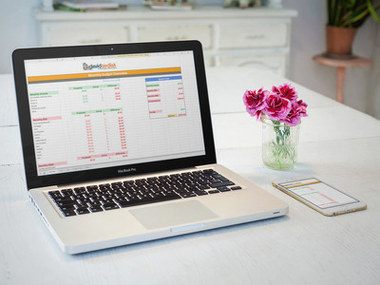 Create your own personal monthly budget online.