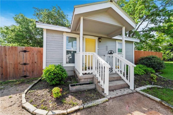Waco Real Estate | Waco TX Homes For Sale | Magnolia Realty | Realtor ®