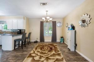 SPACIOUS HOME SOLD BY MAGNOLIA