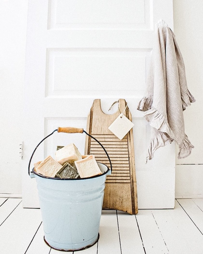 A Fresh Start: 6 Ways to Clean and Decorate Your Home this Spring