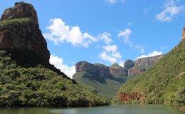 De Blyde River Canyon in Zuid-Afrika vanaf het water