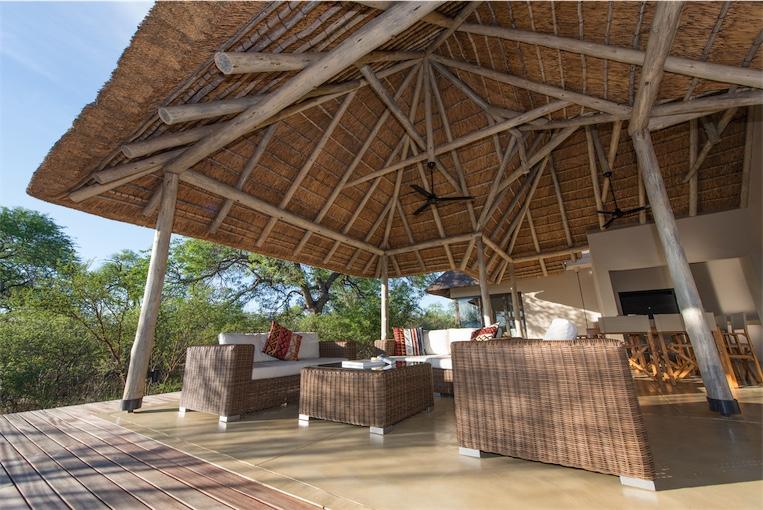 Villa-Baobab-beautiful veranda
