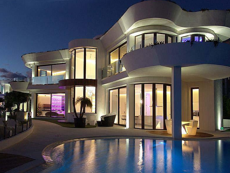 5 5 Million Modern Waterfront Home In Spain Homes Of