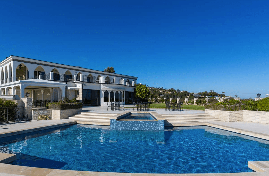 Hilltop Mansion In Beverly Hills Ca To List For A Rumored