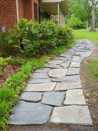Affordable front yard walkway landscaping ideas (37)