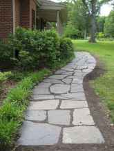 Affordable front yard walkway landscaping ideas (4)