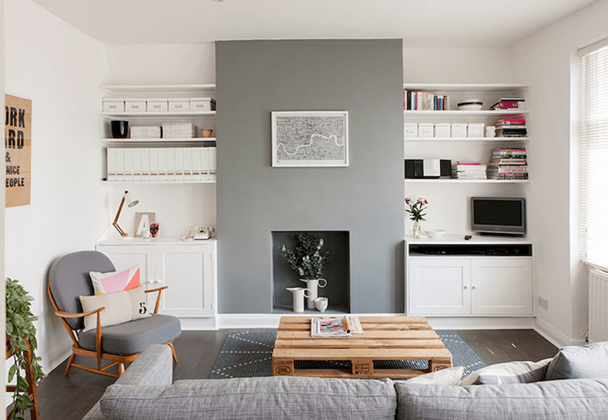 Amazing decorating ideas for small living room (12)