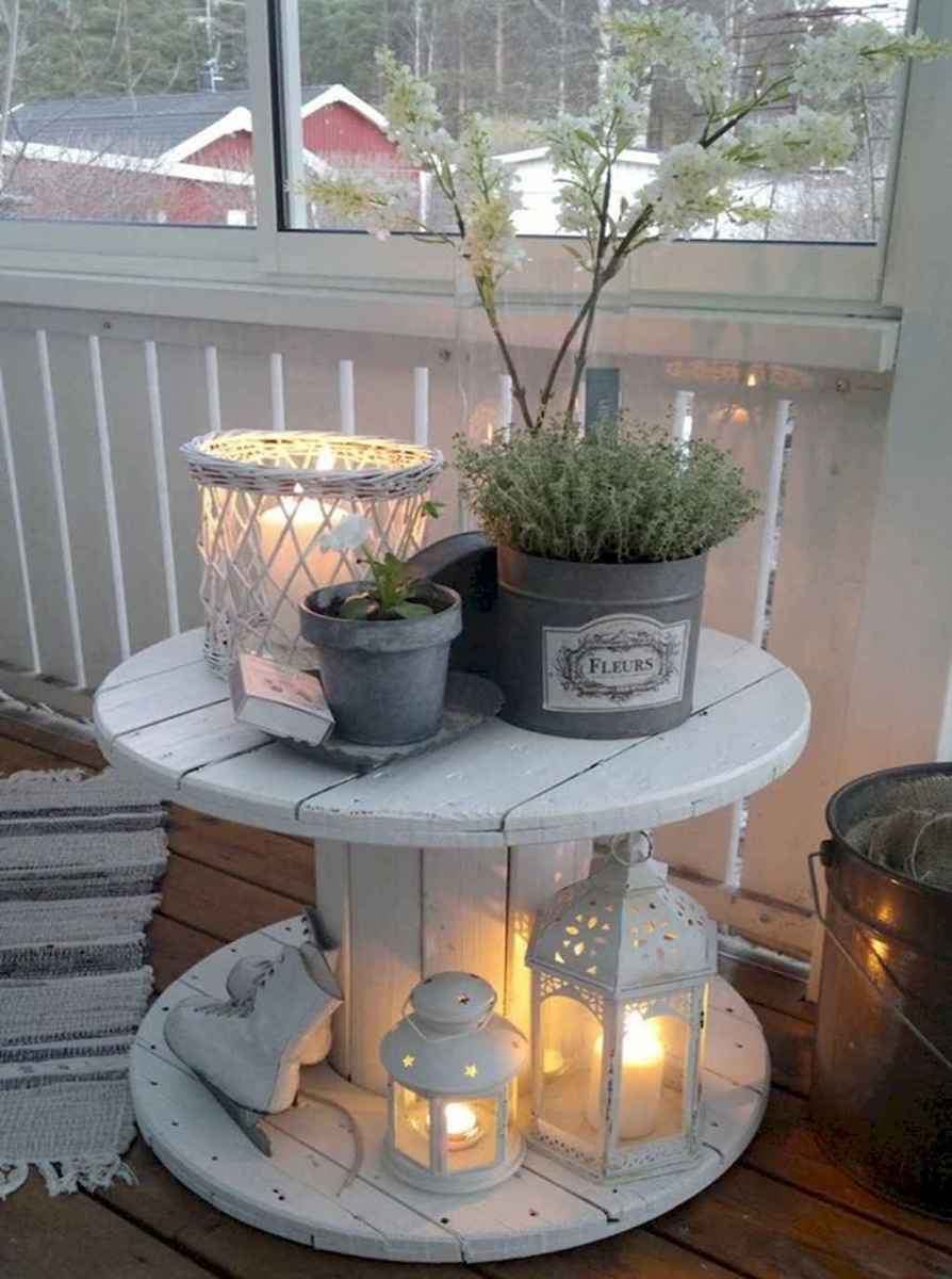 Cleverly diy porch patio decorating ideas (42)