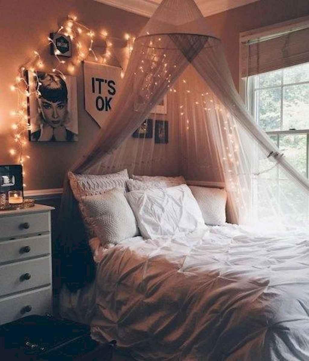 Cute diy dorm room decorating ideas on a budget (1)