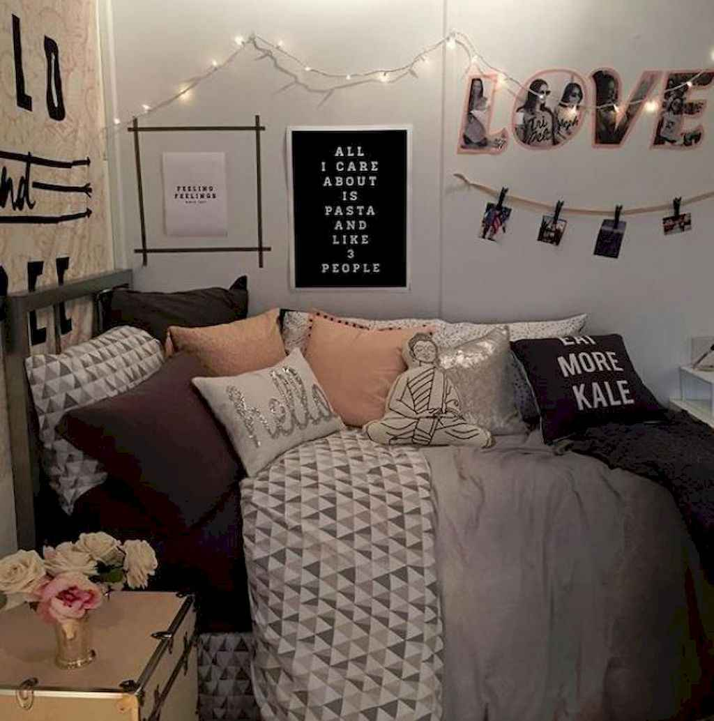 Cute diy dorm room decorating ideas on a budget (10)