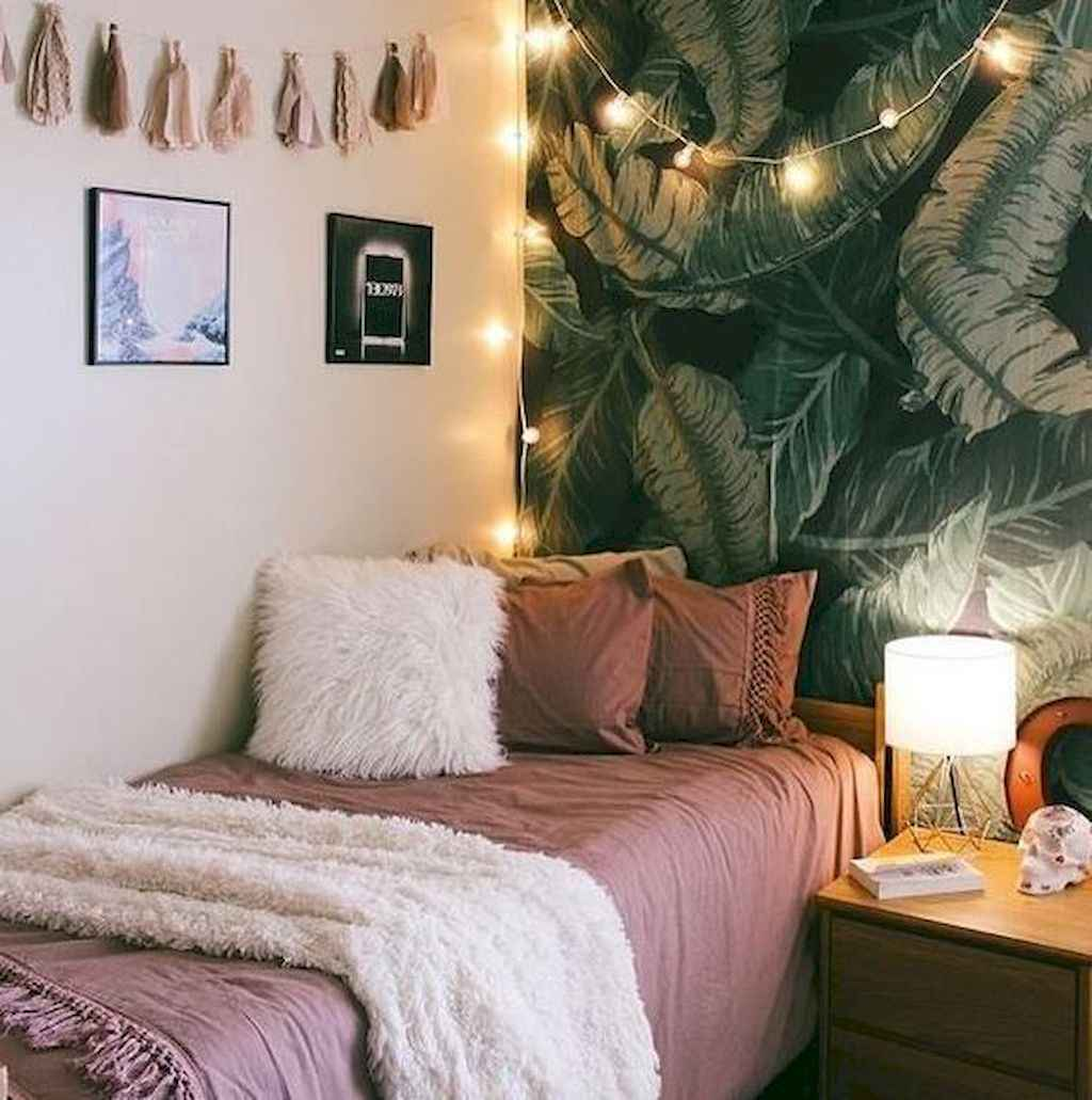 Cute diy dorm room decorating ideas on a budget (54)