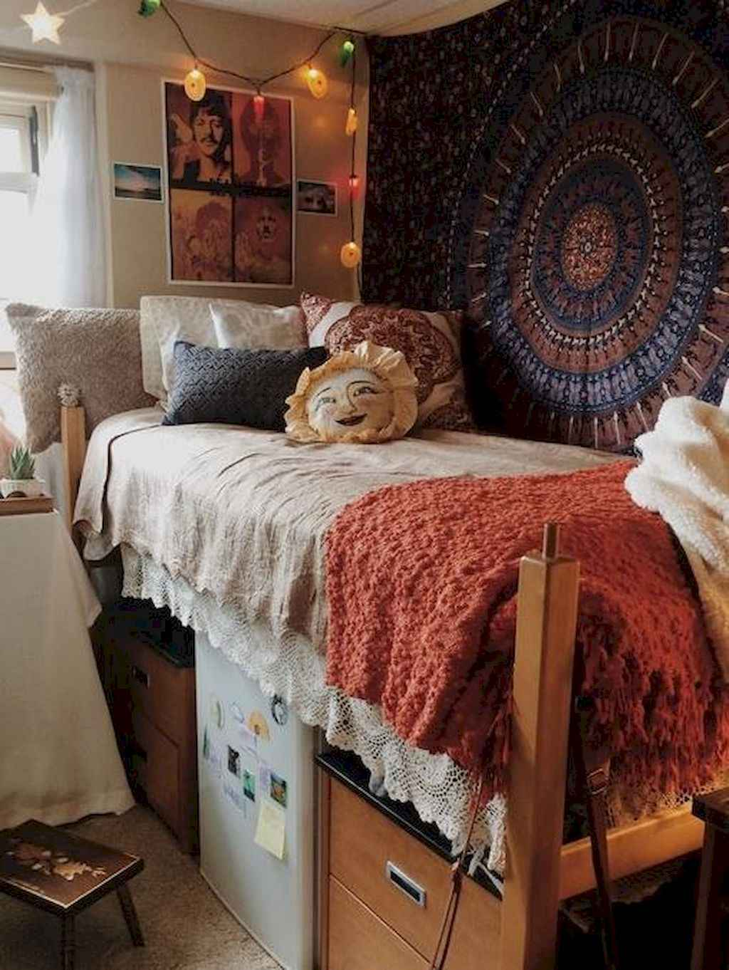 Cute diy dorm room decorating ideas on a budget (62)