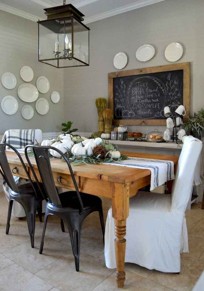 Lasting farmhouse dining room table and decorating ideas (60)