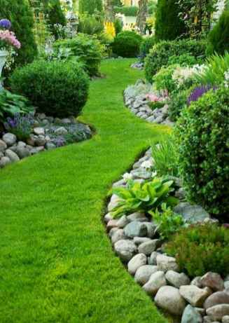 Small backyard landscaping ideas on a budget (39)