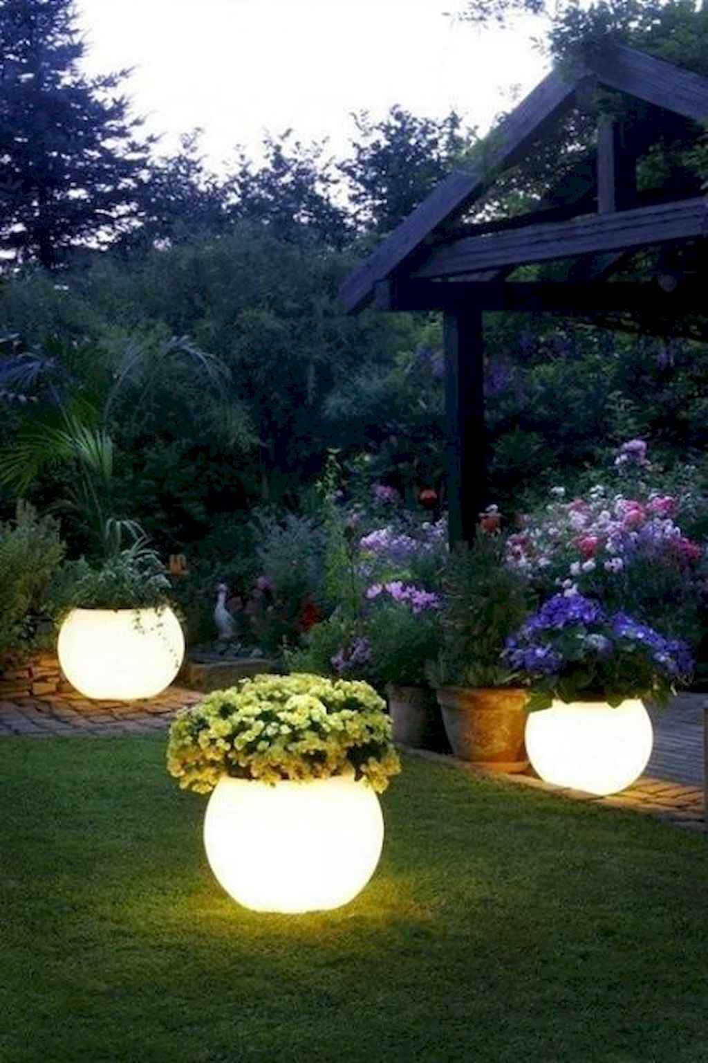 Small backyard landscaping ideas on a budget (56)