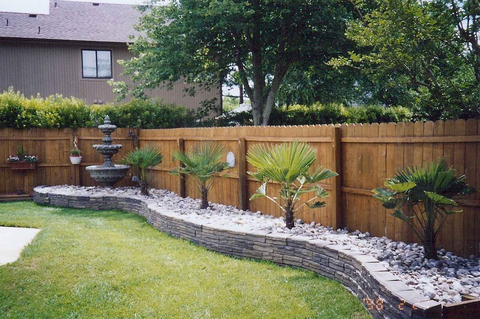 Small backyard landscaping ideas on a budget (71)