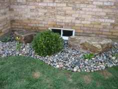 Beautiful front yard rock garden landscaping ideas (47)
