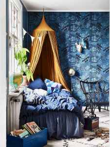 Beautiful and elegance chic bohemian bedroom decor ideas (38)