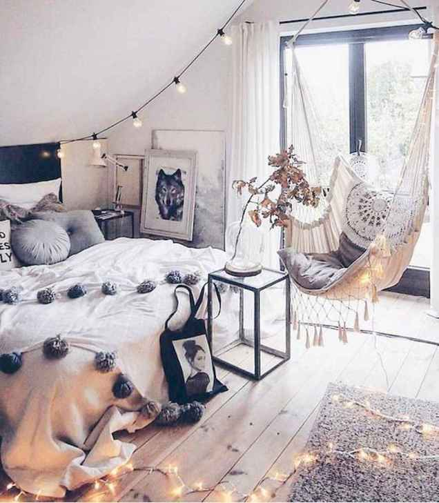 Beautiful and elegance chic bohemian bedroom decor ideas (85)
