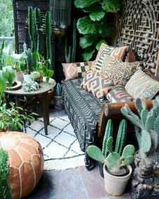 Cozy small apartment balcony decorating ideas (28)