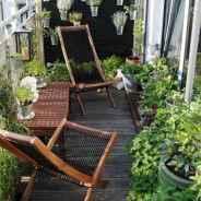 Cozy small apartment balcony decorating ideas (40)