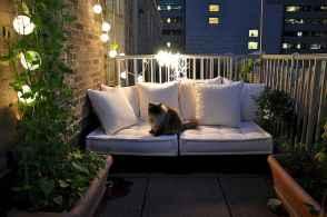 Cozy small apartment balcony decorating ideas (56)
