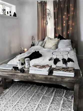 Creative cool small bedroom decorating ideas (41)