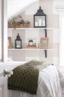 Farmhouse style master bedroom decoration ideas (2)