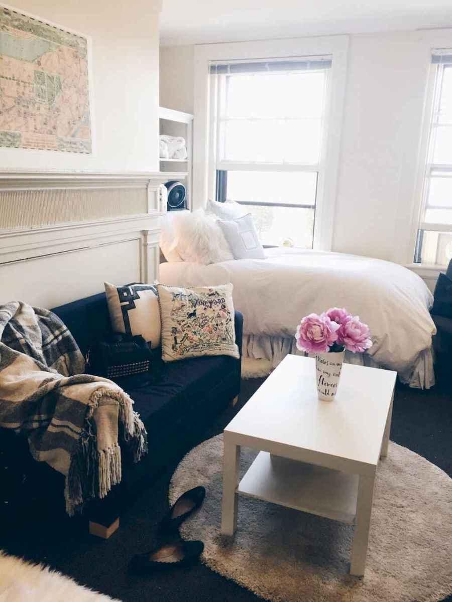 Inspiring apartment studio design & decor ideas (48)