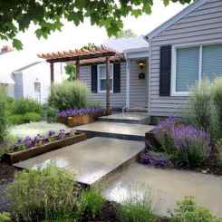 Simple clean modern front yard landscaping ideas (55)