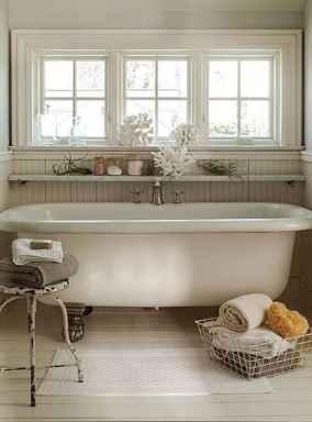Vintage farmhouse bathroom remodel ideas on a budget (54)