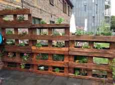Wooden privacy fence patio & garden ideas (16)