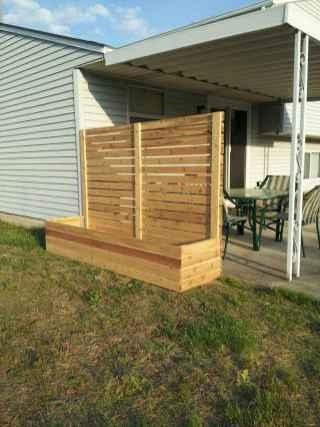 Wooden privacy fence patio & garden ideas (2)