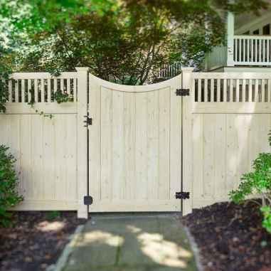 Wooden privacy fence patio & garden ideas (5)