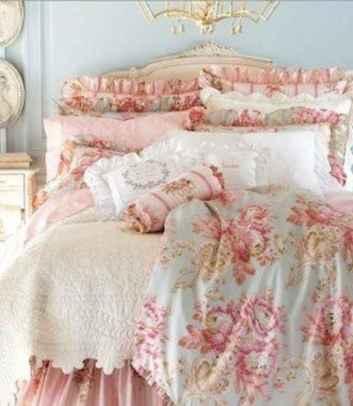 Adorable shabby chic bedroom decor ideas (13)