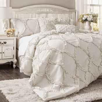 Adorable shabby chic bedroom decor ideas (46)