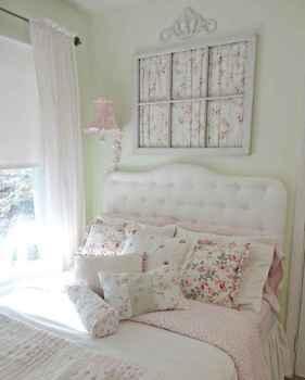 Adorable shabby chic bedroom decor ideas (47)