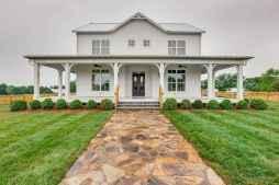 Beautiful farmhouse exterior design ideas (24)