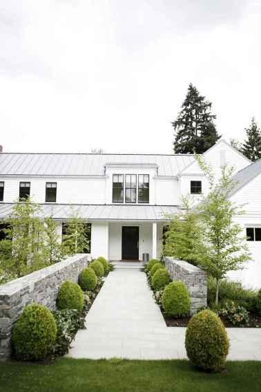 Beautiful farmhouse exterior design ideas (26)