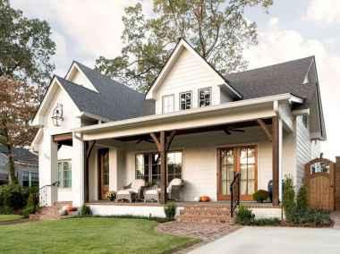 Beautiful farmhouse exterior design ideas (27)