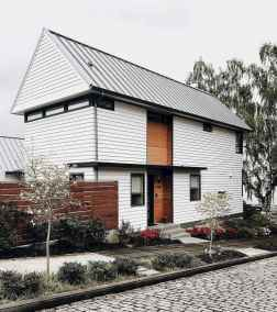 Beautiful farmhouse exterior design ideas (28)