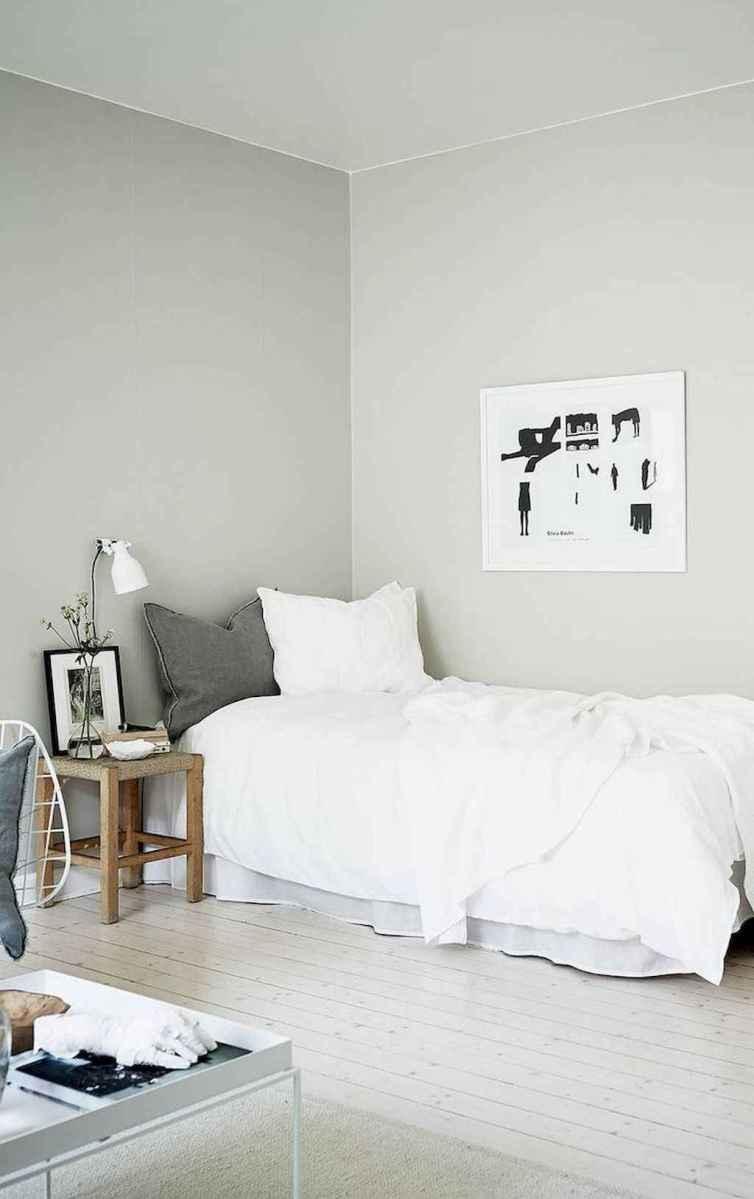 Beautiful minimalist master bedroom decor ideas (26)