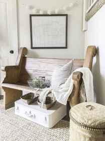 Catchy farmhouse rustic entryway decor ideas (18)